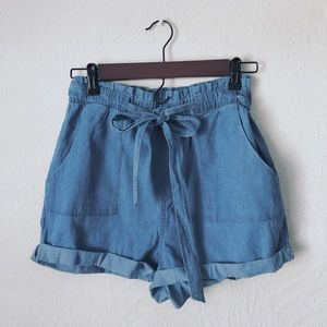 Loose light denim baby doll shorts with tie SOLD